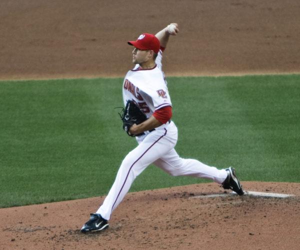 Craig Stammen pitching