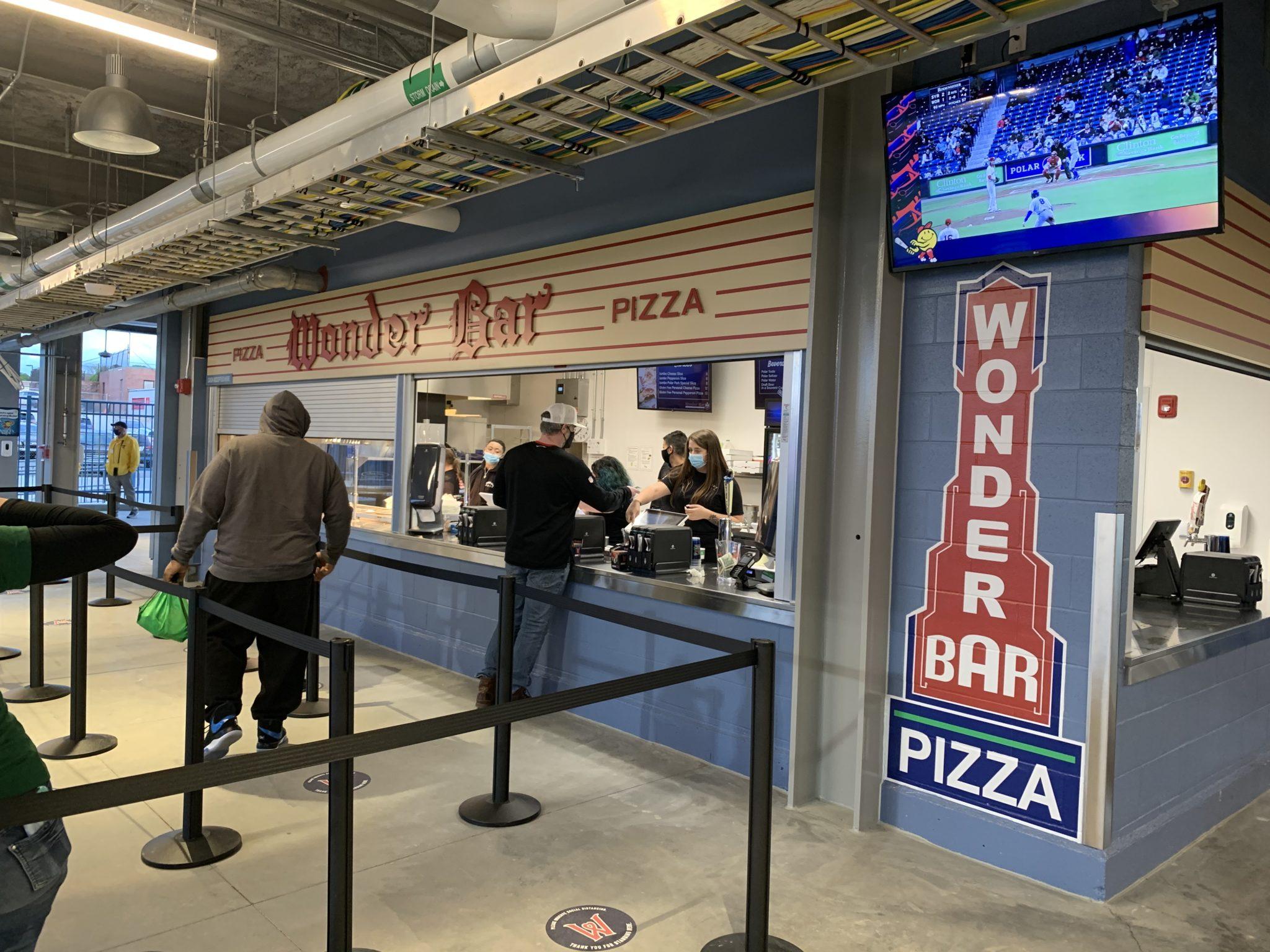 woosox wonder bar pizza